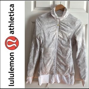 Lululemon reversible light jacket
